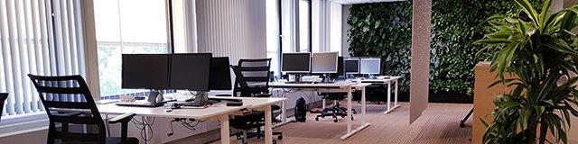 werkplekken in kantoortuin